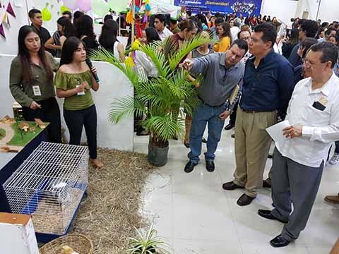 Se Realizó con Gran Éxito la Tradicional 43ª Feria de Jóvenes Emprendedores