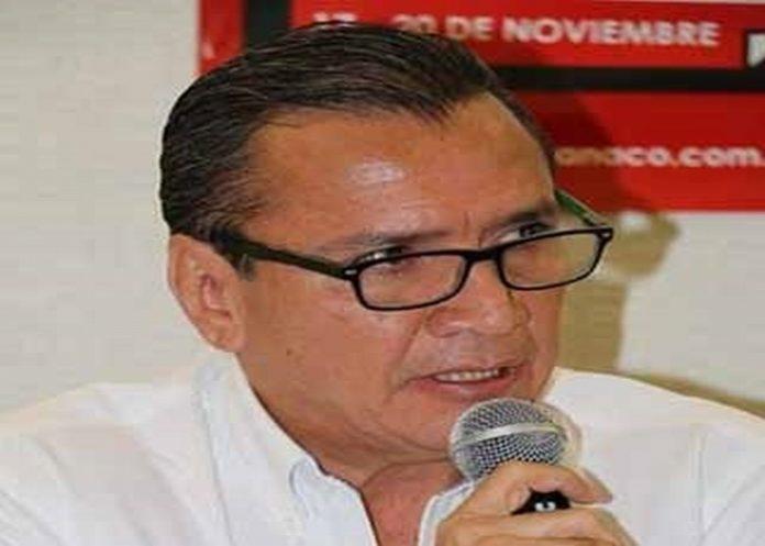 Emiliano Pinzón González, delegado de la PROFECO en la Región.