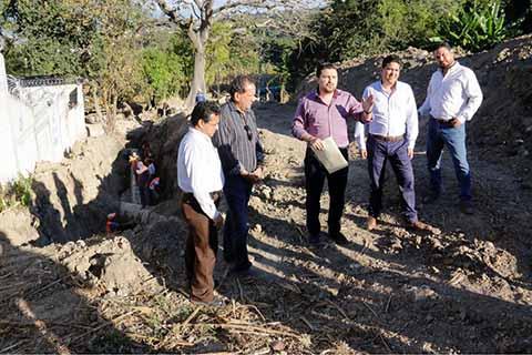Supervisa Castellanos Rehabilitación del Sistema de Suministro de Agua