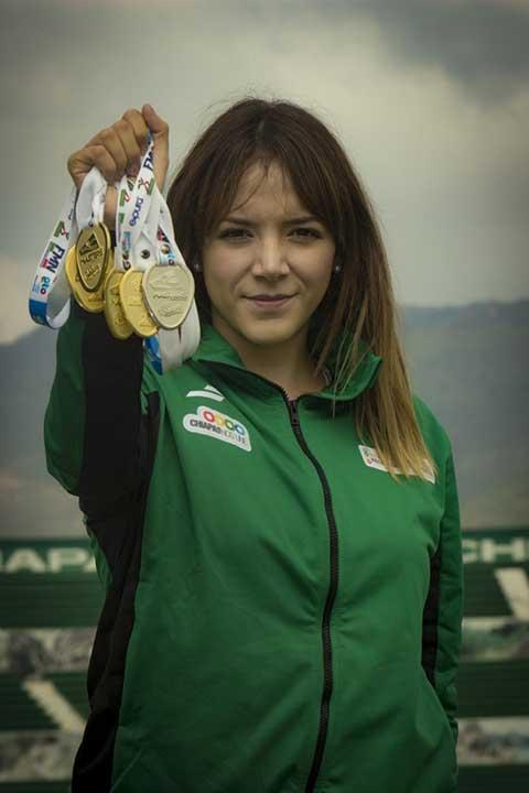 Participación Exitosa de Nadadores Chiapanecos en Nacional Máster