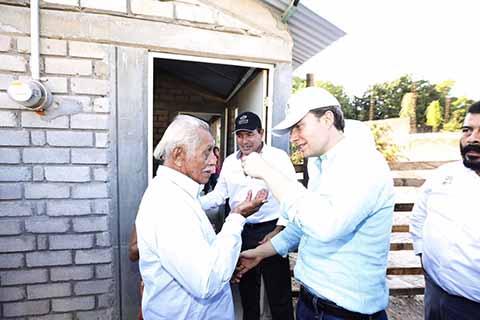 El gobernador constató avances de la reconstrucción en los municipios de El Parral y La Concordia. Prácticamente está concluida la demolición y remoción de escombros, afirmó.