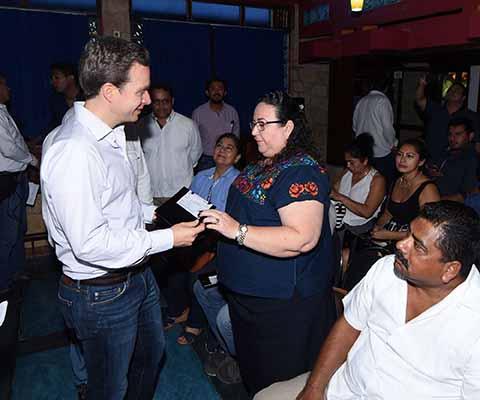 Entrega MVC Apoyos a MiPyMES de Palenque
