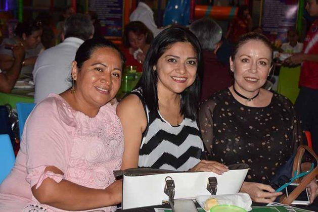 Teresa Cayosso, Xiomara, Castrejón, Ingrid de la Torriente.