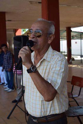 Javier Ventura, supervisor de la Zona Escolar 06, invitado especial a la ceremonia de jubilación.