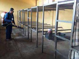 Fumigan Albergues Cañeros por Inicio de Zafra en Huixtla