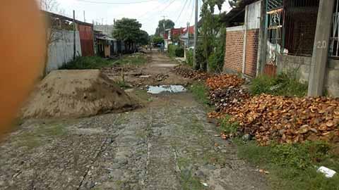 Opera el Retroceso en Huehuetán, Habitantes Reclaman Obras