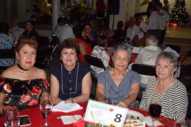 Dalila Enciso, Merce de Guerrero, Toñeta de Sánchez, Gloria de López.