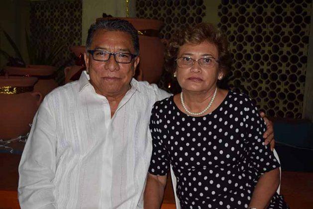 Carlos Murillo, Ruth Moreno.