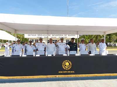 Entrega la Armada de México Cartillas Liberadas