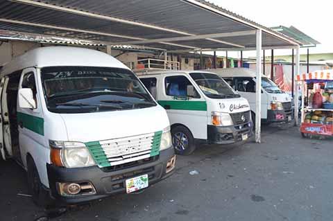 Grupos en pugna señalan apatía de la Secretaría del Transporte para atender las demandas.