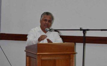 Alfredo Lugardo, sub Secretario de Gobierno presidió el evento.