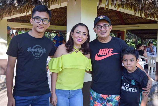 Familia Flores Trujillo.