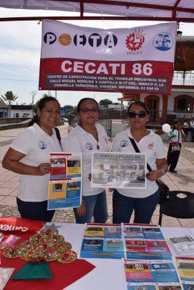 CAED Cecati 86, Martha González, Jade García, Iris Jiménez.
