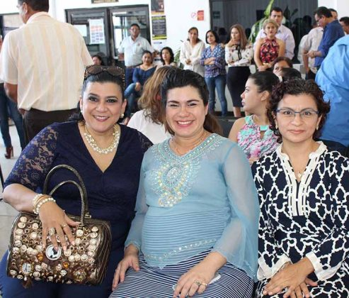 Perla Gutiérrez, Ana Álvarez, Selene González.