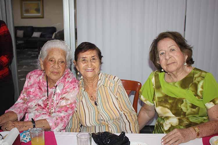Josefina Chiu, Conchita Barrionuevo, Zoila Espinoza.