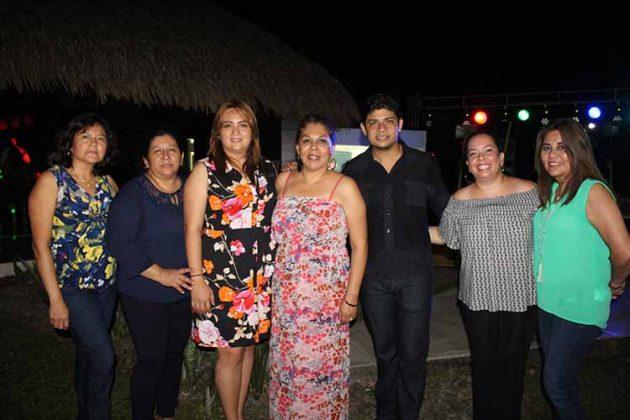 Docentes de la Escuela Superior de Trabajo Social Jesús Aquino Juan.