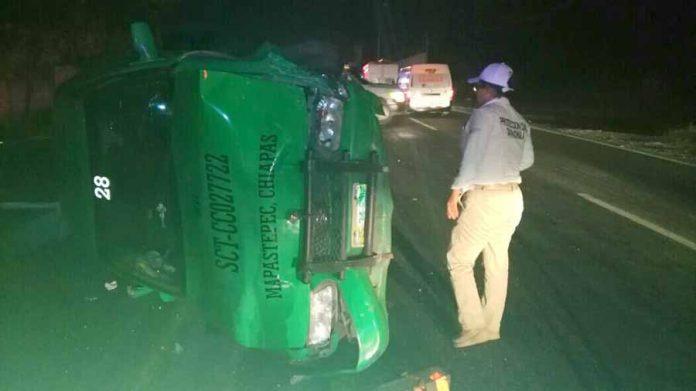 Se Estrelló Contra Vehículo Remolcado por Grúa