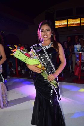Isabel Hernández, ganadora de Mejor Traje Regional.