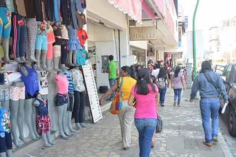 Comerciantes Esperan Repunte de Ventas con Temporada Decembrina