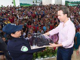 El Gobernador entregó equipamiento y uniformes a la Policía Municipal de Amatenango de la Frontera, Chapultenango, Ixtapangayoja y Socoltenango.