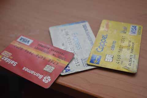 Clase Media la que más se Endeuda con Tarjetas de Crédito