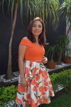 Fanny Trujillo de Flores.