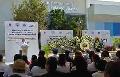 Conmemora UNACH el XVI Aniversario Luctuoso del Dr. Manuel Velasco Suárez