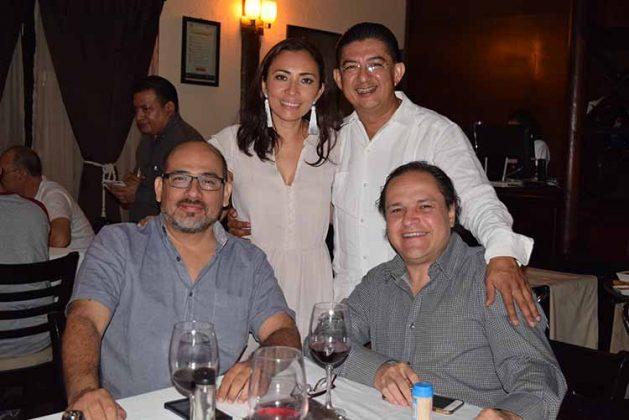 Sergio Tinajero, Carlos Mercado, Fanny Trujillo, Jorge Flores.