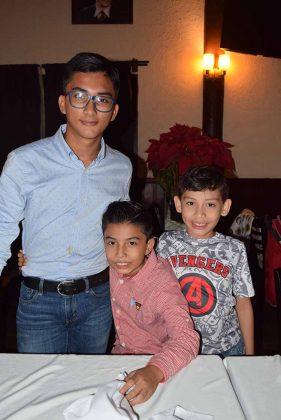 Andrés, Luis, Yamil Salazar.