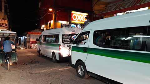Tránsito y Vialidad Confabulados con Choferes de Combis y Taxis