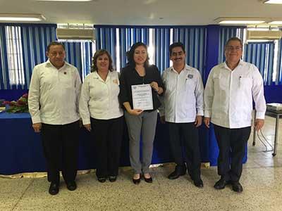Designan a Urania Wade Aguilar Como Directora de la Escuela de Contaduría y Administración, Campus VII