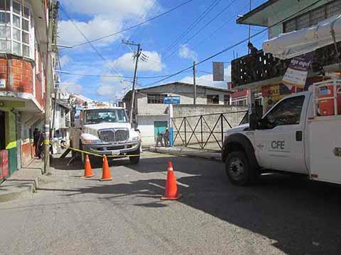 Corta CFE Energía Eléctrica a Siete Municipios Morosos