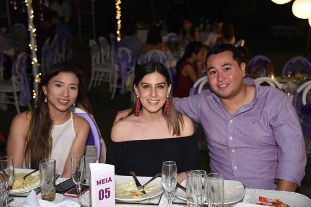 Paulina Juan Chong, Pamela Regalado,Pablo Juan.