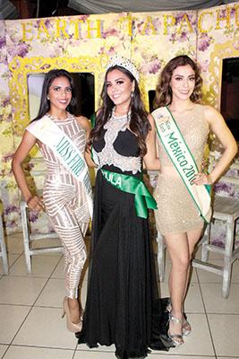 Camila Morales, despidió su reinado; Francelia Cruz, Itzel Astudillo.