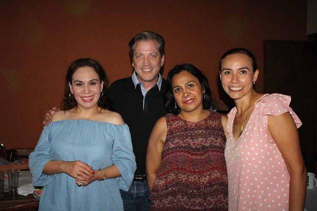Mónica Orantes, Nando Espadas, Audrey Calcáneo, Raquel Prats.