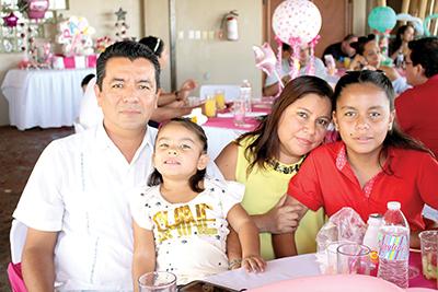 Familia Calderón Salas.