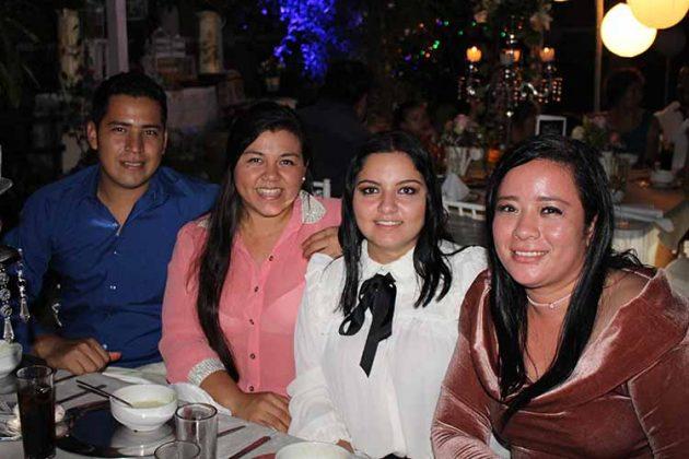 Omar Díaz, Jocelyn Pereida, Gabriela Victoria, Wendt Díaz.