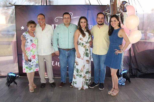 Martha de Puig, José Puig, Eduardo, Mariana de Fuentes, Luis Puig, Ana de Puig.