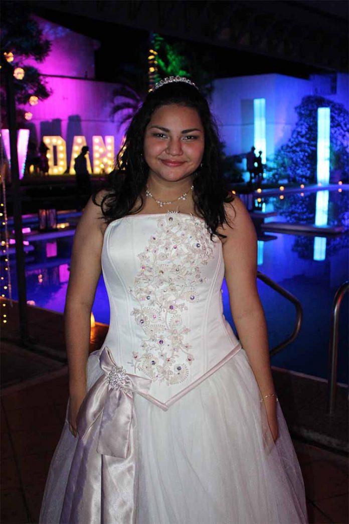 Dana Espinosa.