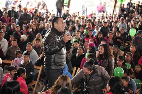 Mantener Unidad Familiar a Través de Tradiciones: ERA