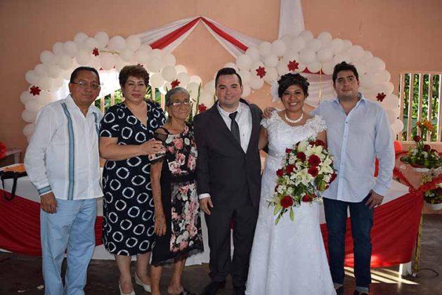 Gabriel García, Dolores Castellanos, Fulvia Ruiz, Carlos, Rocío, Gabriel García.
