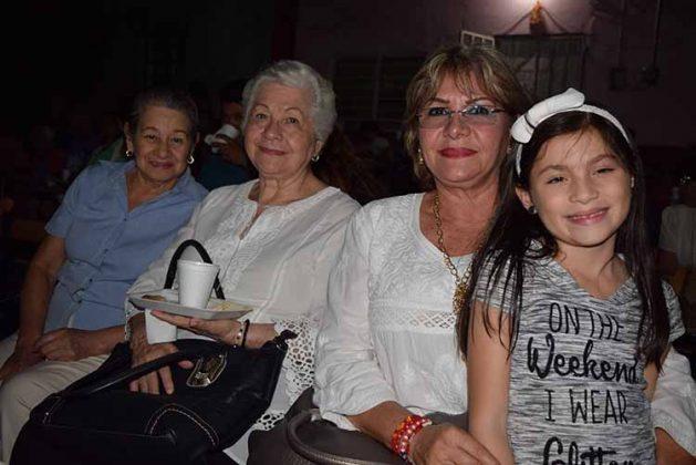 Romana Reyes, América Jara, Amable Palacios, Ana René Citalán.