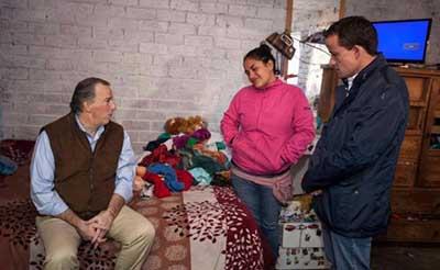 Prometen Meade y Arriola Agua y Drenaje en Colonia de Tlalpan