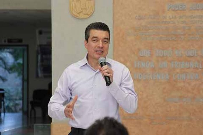 En cinco años de trabajo, Rutilio Escandón Cadenas, transformó al Poder Judicial de Chiapas y demostró que por encima de la función pública, se encuentra la calidad de persona.