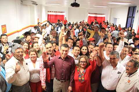 En el evento, agradeció la confianza del Partido del Trabajo, y se dijo confiado del liderazgo que representan en Chiapas y de los buenos resultados que se obtendrán en los tiempos electorales establecidos.