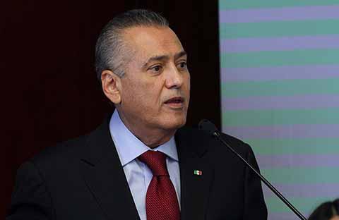 Se Ampara Manlio Fabio Beltrones Relacionado con Fraude en Chihuahua