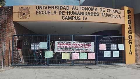 Alumnos de la UNACH Toman la Facultad de Humanidades