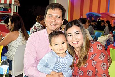 Francisco Unda, José Luis Unda, Emilia Morales.
