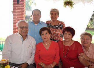 Adolfo Zamora Cruz, Gabriel Sagrero, Mane D´Amiano, Martha Meza, Patricia Loranca, Mayu D´Amino.
