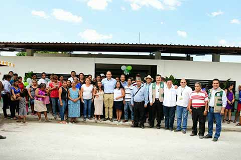 Entrega Enrique Álvarez Clínica Nueva de IMSS, en Ahuacatlán